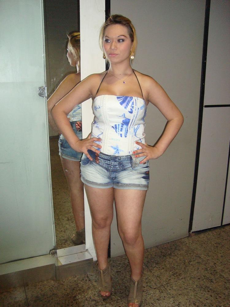 Camila Santos - Fotos caseiras 1
